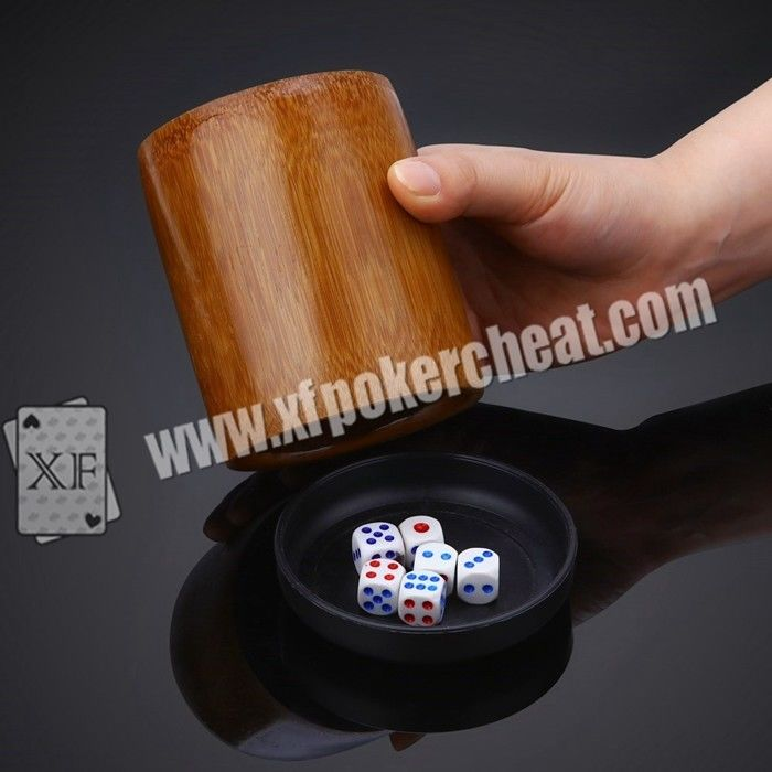 Perspective Dice Cup / Gambling Accessories Casino Magic Dice  With 4h Battery